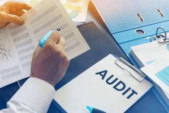 حسابرسی داخلی تکمیل کننده آموزش حسابداری